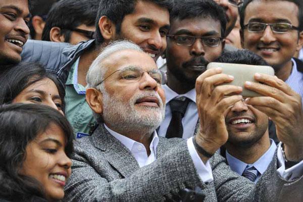 prime minister narendra modi Selfie