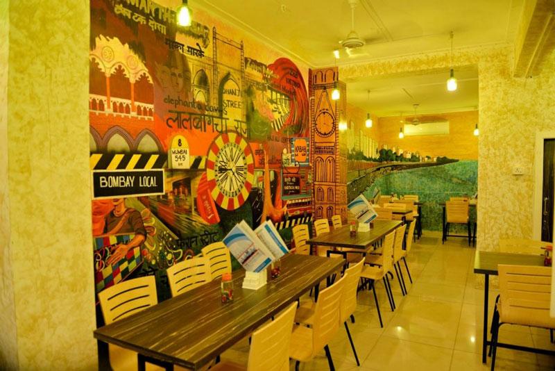 Ahmedbad Ambavadi Bombay Street Cafe