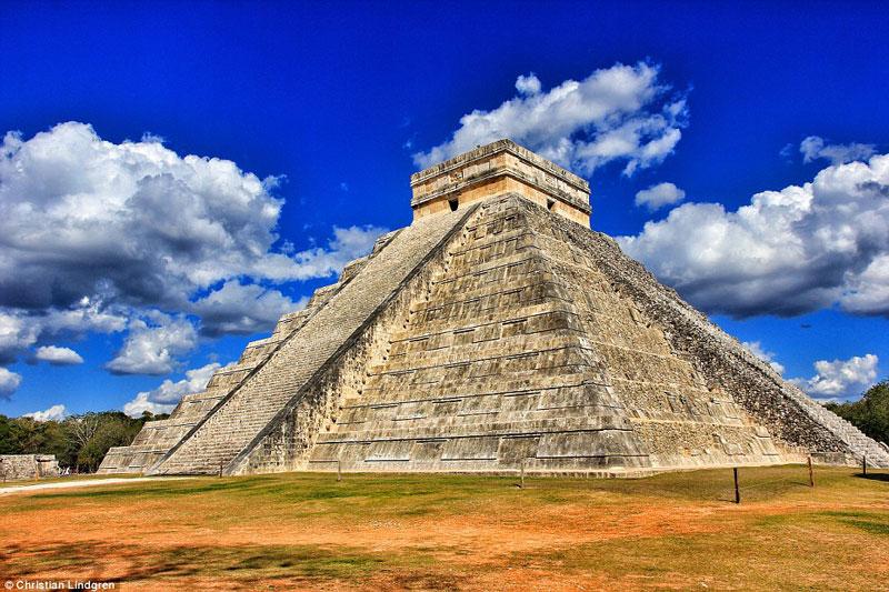 Mayan Pyramid Of Kukulkan