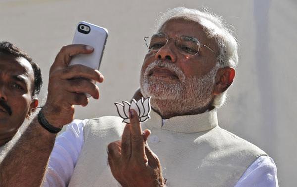 Narendra Modi selfie 2014 Elections