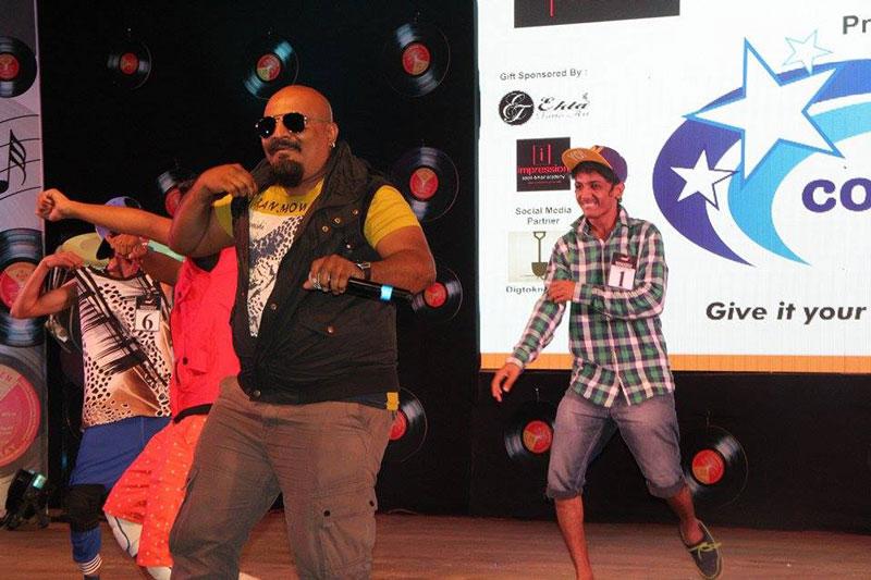 Arvind vegda dancing at the event
