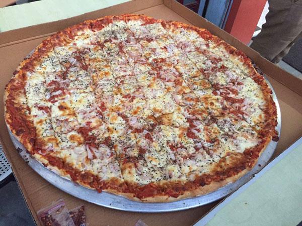Ek One uno Pizza In Ahmedabad