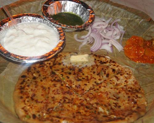 Om Sai Paratha Ahmedabad food wagons