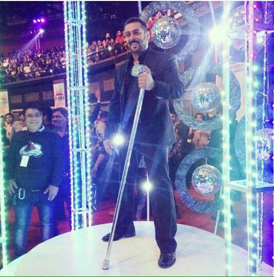 Salman Khan at FilmFare Awards 2016