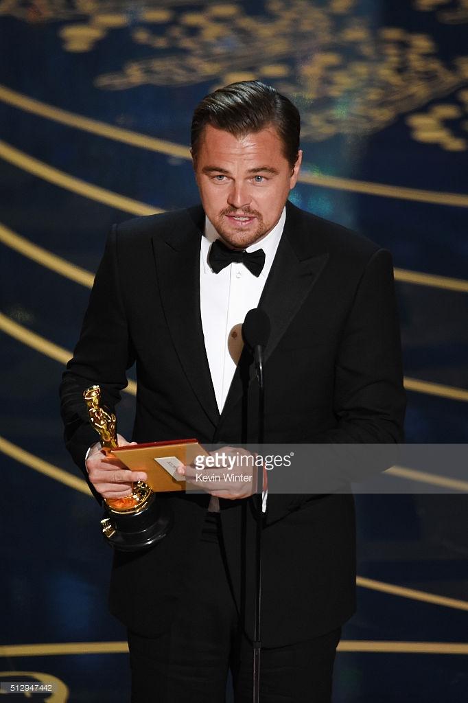Leonardo DiCaprio wins his first Oscar award for The Revenant 1